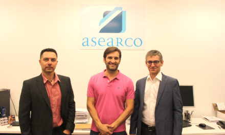 ASEARCO firma un convenio con la empresa No pago de Más para que sus asociados puedan recortar sus gastos en la factura de electricidad