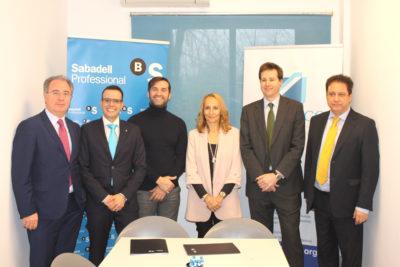 Banco sabadell y asearco firman un acuerdo con ventajas for Oficina de empleo sabadell