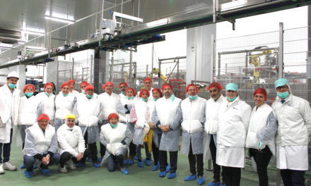 Representantes del Ayuntamiento de Rivas, de los sindicatos y de ASEARCO visitaron la gran planta de envasado de la empresa SEDIASA Alimentación
