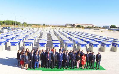 La empresa asociada Sanimobel entrega 404 contenedores que gestionarán los residuos de 74 municipios de la región