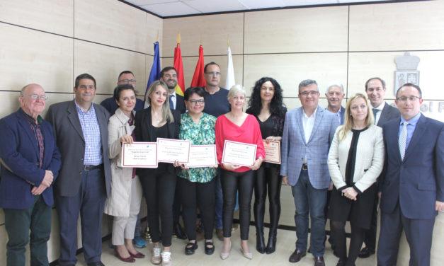 Los proyectos de cinco emprendedoras recibieron los premios del VI Certamen de ideas de negocio de Arganda del Rey
